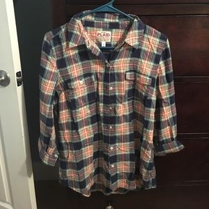 Old navy plaid shirt 🌸