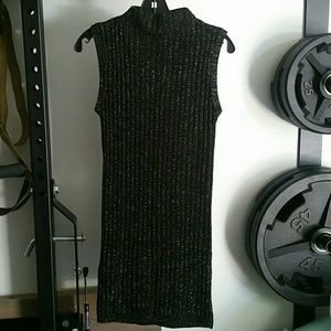 Black gold mock neck sleeveless sweater dress US 8