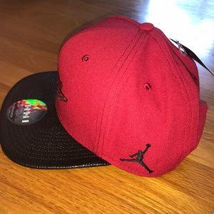 cc7c2ded426 Air Jordan Accessories - Air Jordan Snapback Red Black Retro Hat Flat Rim