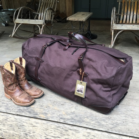 a9af772c3eb8 Filson Rolling Duffle Extra Large NWT