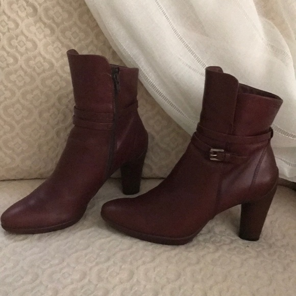 d204c84ceb Ecco Sculptured 75 burgundy leather ankle booties