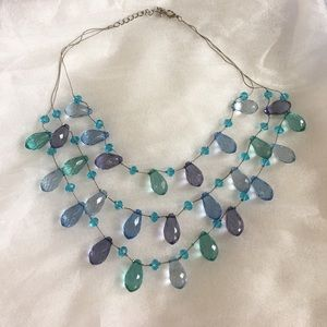 Jewelry - Beads necklace