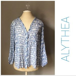 ALYTHEA Button down top blue white M shirt women's