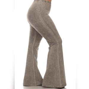L- 3X PLUS SIZE TAUPE/GRAY BELL/FLARE STRETCH PANT