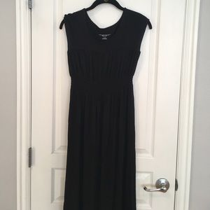 Liz Lange smocked maxi dress