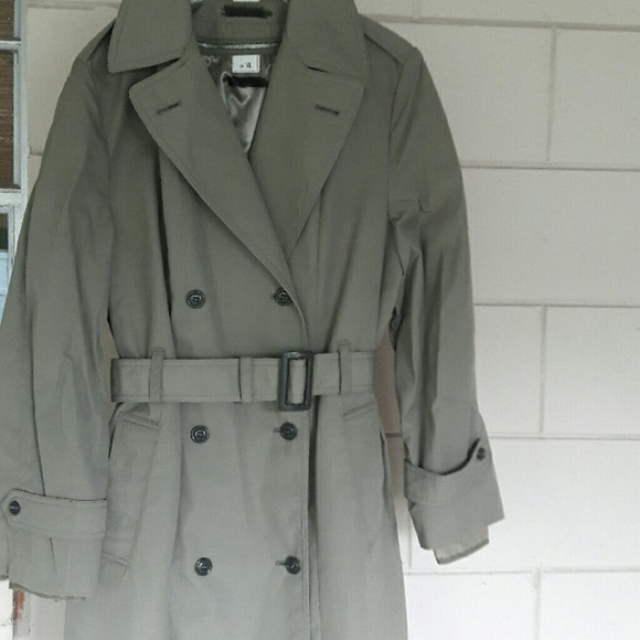 online store e015d 27b3f Women's military style trenchcoat