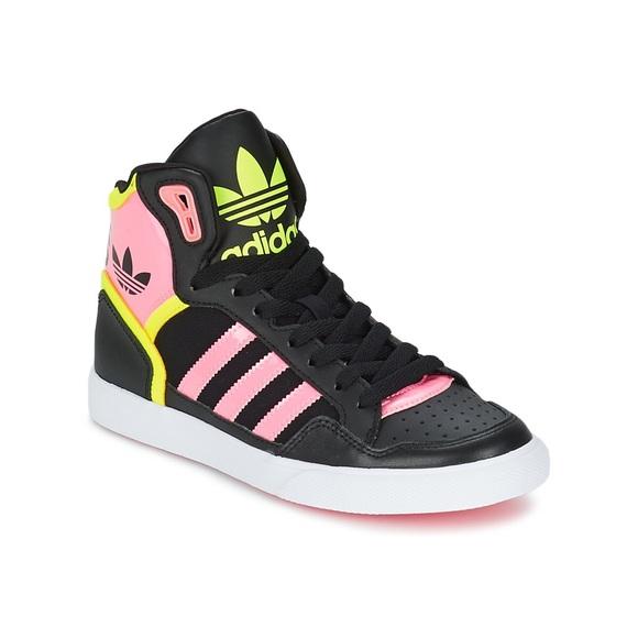 Le adidas donne extaball hi top scarpe pennino poshmark