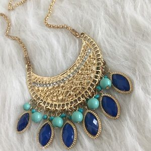 Jewelry - NWT Boho Statement Necklace