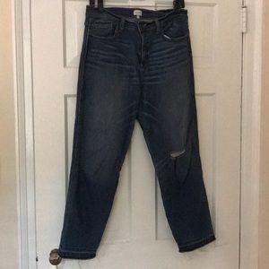 Sneak Peek Boyfriend Jeans