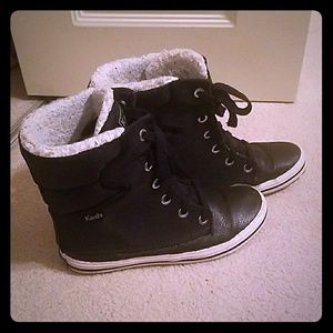 Keds size 6 boots