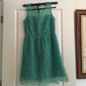 Green Patterned Dress - size M