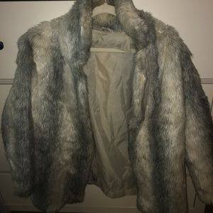 Jackets & Blazers - Large Faux Fur Jacket