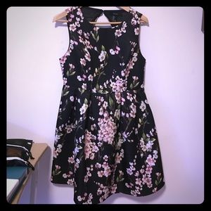 Floral dress PERFECT FOR HOMECOMING