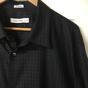 Calvin Klein Black Plaid Long Sleeve Button Down