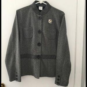Gray & Black Print Jacket w/Details - L