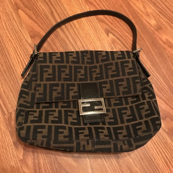 c0076a50c663 get fendi square printed shoulder bag 06762 dc3c8  sale fendi zucca square  handle bag b7dc4 373ae