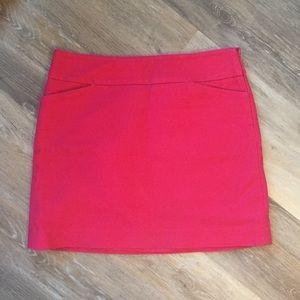 3/$30🛍 Ann Taylor LOFT Heavyweight Mini Skirt