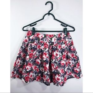 Floral Pleated Skirt size Small