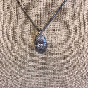 Jewelry - Tear drop pendant with chain