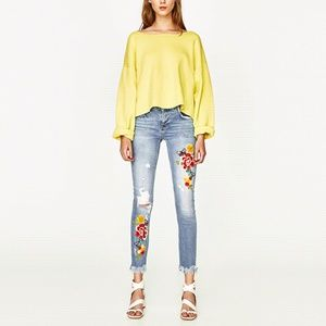 Zara Slouch cut jeans with floral embroidery