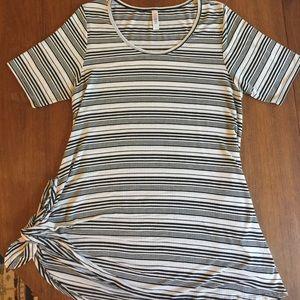 LuLaRoe Large Perfect Tee Soft Ribbed Stripe