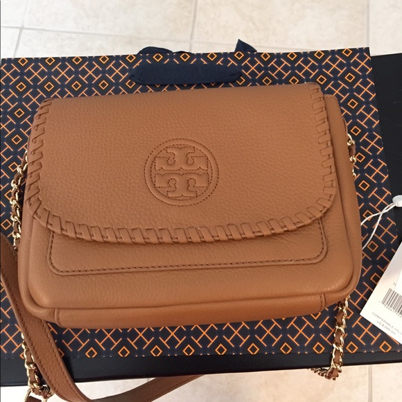 c439d5d6eebd 🆕Tory Burch Marion mini flap crossbody bag. Bark