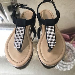 Other - Black shoes for girl