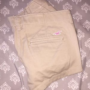 Hollister khaki shorts