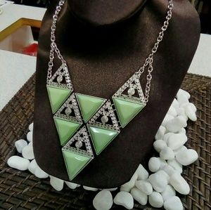 Deja Vous Jewelry - NWT Mint Green Necklace