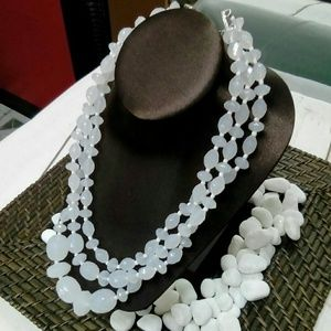 Deja Vous Jewelry - Beaded Necklace