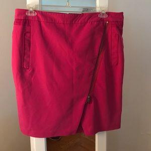 Hot Pink Worthington original Asymmetric Zip Up