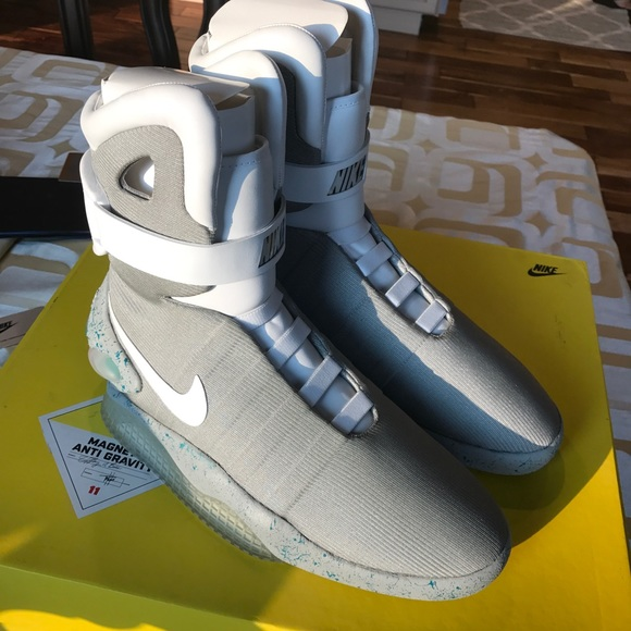 size 40 a0608 32ecd 2011 Men s Nike Air Mag Marty McFly 11