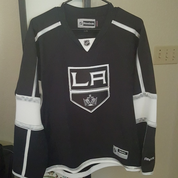 official photos 21db6 d9a85 LOWERED! Los Angeles Kings Womens Jersey