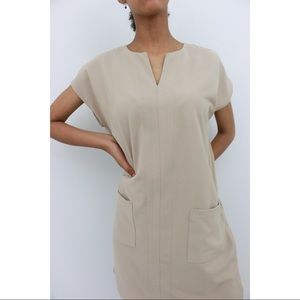 Minimalist Pocket Shift Dress