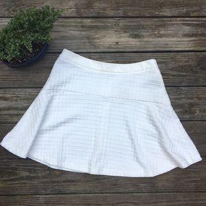 NWOT Banana Republic White Patterned Skater Skirt