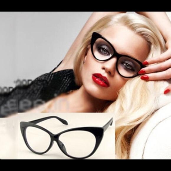 cc8920eb5d7e 🎀Cat Eyes Fashion Glasses with Black Frames🎀