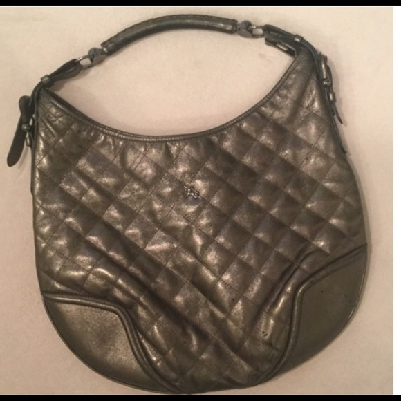 Burberry Handbags - Burberry Hoxton quilted leather hobo metallic bag! d308d6428c434