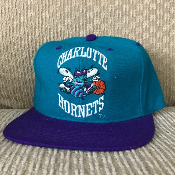 5fd332dc5 Accessories | Charlotte Hornets Throwback Snapback Like New | Poshmark