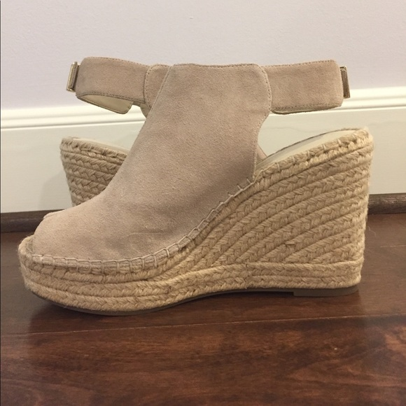 c9b1e6b93ee Kenneth Cole Shoes - Kenneth Cole New York Olivia espadrille wedge!