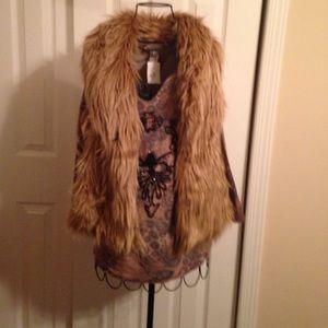 Inc international concepts Faux fur blonde vest