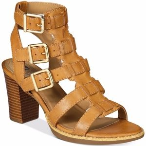 💥Clearance💥NWOT White Mountain Gemmy Sandals