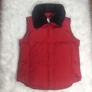 Pendleton Down Vest Black Faux Fur Collar Sz MD