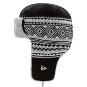 b472d8ebf19e1 New Era Accessories - Oakland Raiders Trim Trapper Knit Hat