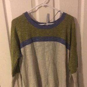 Blue, green and cream Kensie sweater. Super soft.