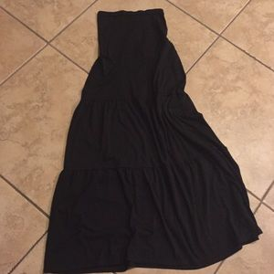 Motherhood maternity black maxi skirt medium