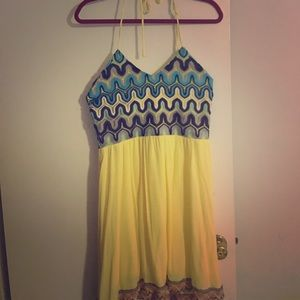 Halter top dress with pattern top