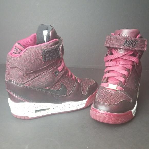 promo code 07b25 d62f9 Nike Air Revolution Sky Hi QS London wedge heel. M 59af6a3799086a29c1026ec4