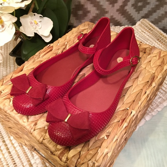 83cba2596e6f Melissa Red Suede Bow Textured Mary Jane Flats! M 59af8a51f739bc520702e391