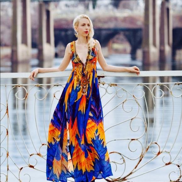 bfe7076a8d0 Shahida Parides Sunset Macaw Floral Feather Dress