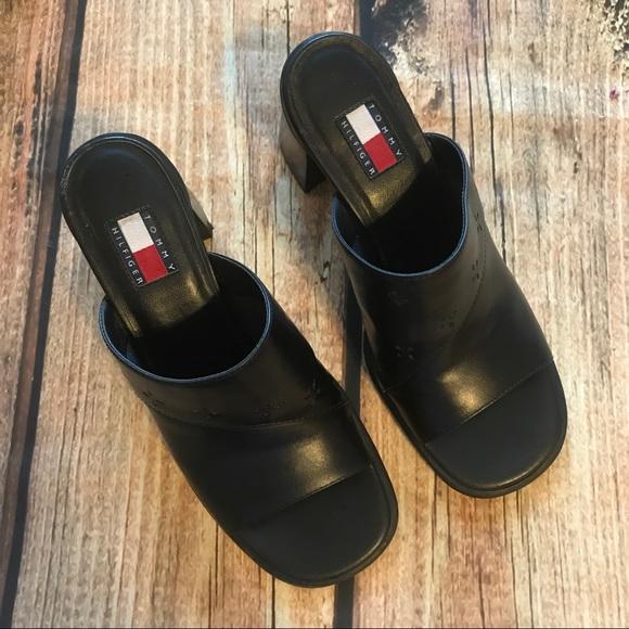 01d4d7a9f82de5 Vintage Tommy Hilfiger Black Leather Mules. M 59b01f6141b4e0c7ee040bec